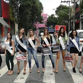 e22e6609194aad Lojistas do Brás promovem desfiles de rua • GBLjeans