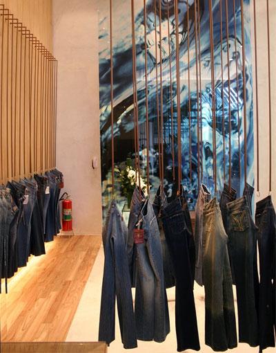 5cf2781fad Jeans Hall reinaugura loja no Shopping Iguatemi • GBLjeans